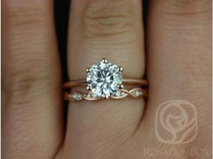 A beautiful six prong moissanite engagement ring byLove & Promise Jewelers.
