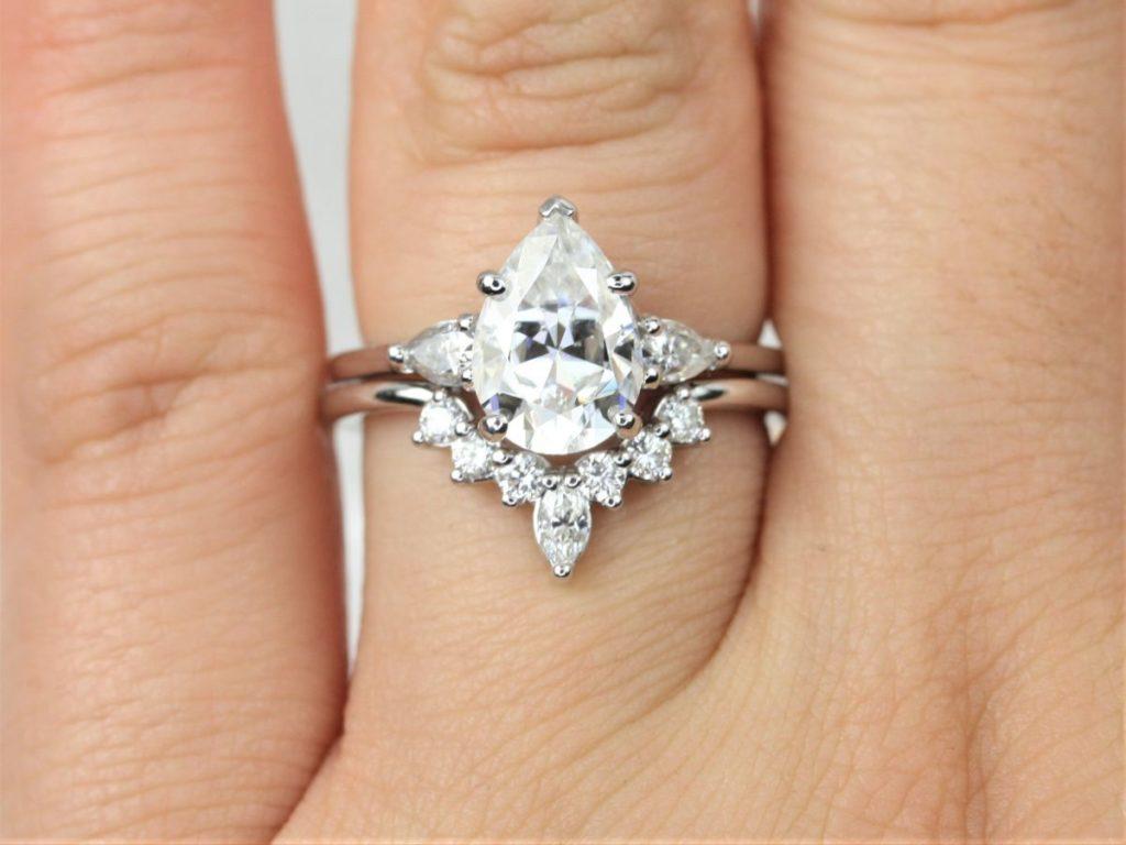 White Gold Forever One Moissanite Diamond Art Deco 3 Stone Dainty Pear Wedding Set Rings