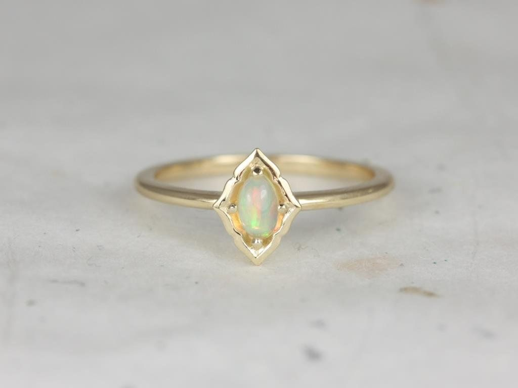 14kt Gold Oval Opal-Onyx-Garnet-Moonstone Unique Bezel Without Milgrain Scalloped Ring