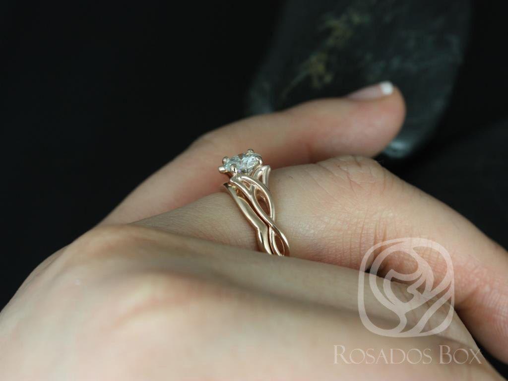 https://www.loveandpromisejewelers.com/media/catalog/product/cache/1b8ff75e92e9e3eb7d814fc024f6d8df/1/4/14kt_rose_gold_matching_band_to_cassidymaraorla_plain_band_5.jpg