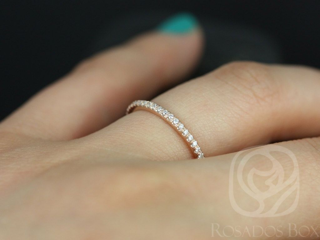 https://www.loveandpromisejewelers.com/media/catalog/product/cache/1b8ff75e92e9e3eb7d814fc024f6d8df/1/4/14kt_rose_gold_matching_band_to_kimberly_catalina_eloise_7.5mm_almost_eternity_diamond_band_5.jpg