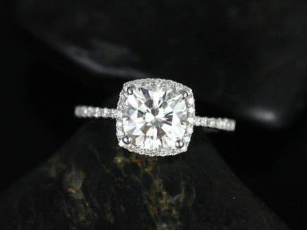 https://www.loveandpromisejewelers.com/media/catalog/product/cache/1b8ff75e92e9e3eb7d814fc024f6d8df/1/_/1_9_72.jpg