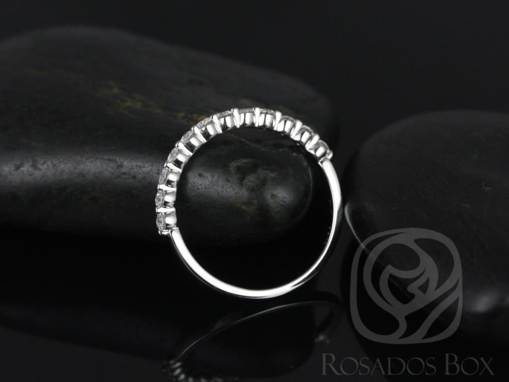 https://www.loveandpromisejewelers.com/media/catalog/product/cache/1b8ff75e92e9e3eb7d814fc024f6d8df/2/_/2_8_22.jpg