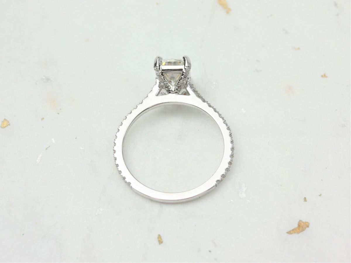 https://www.loveandpromisejewelers.com/media/catalog/product/cache/1b8ff75e92e9e3eb7d814fc024f6d8df/3/_/3_8_38.jpg
