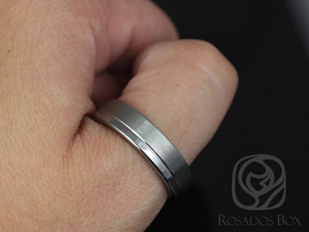 https://www.loveandpromisejewelers.com/media/catalog/product/cache/1b8ff75e92e9e3eb7d814fc024f6d8df/4/_/4_14_3.jpg