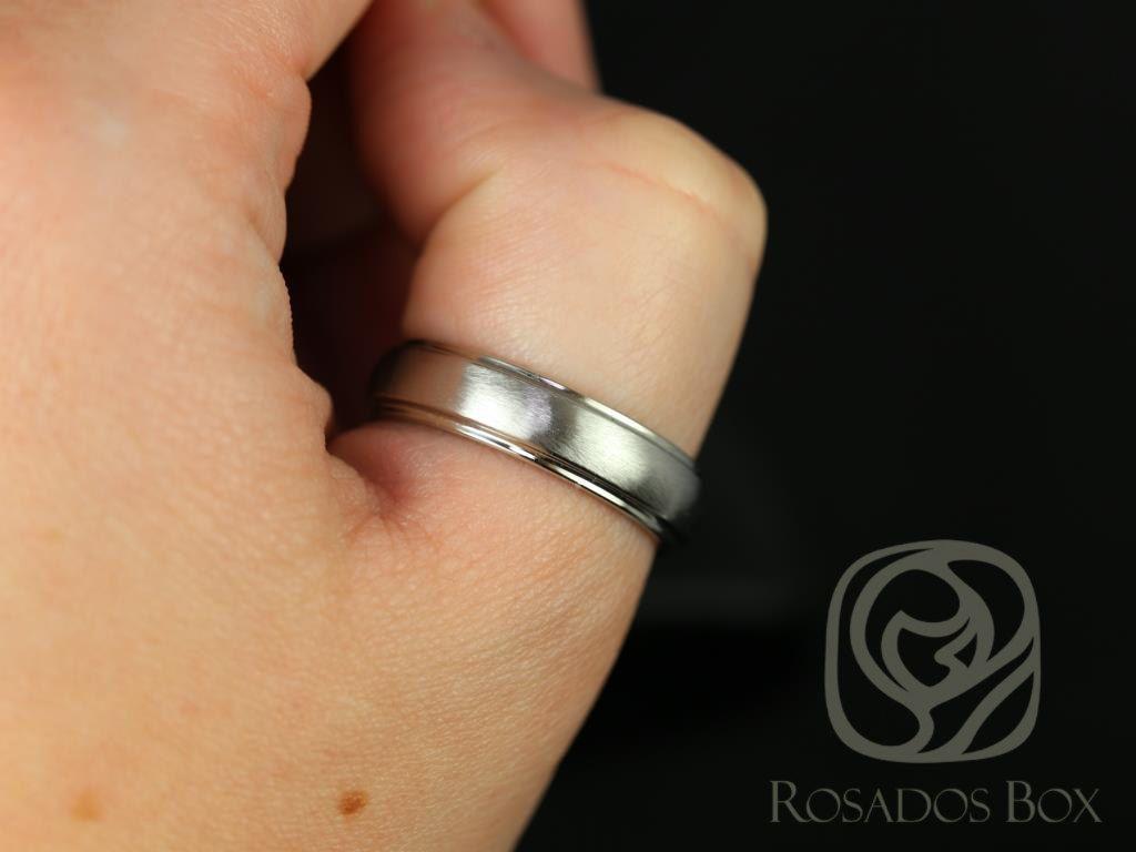 https://www.loveandpromisejewelers.com/media/catalog/product/cache/1b8ff75e92e9e3eb7d814fc024f6d8df/4/_/4_61.jpg