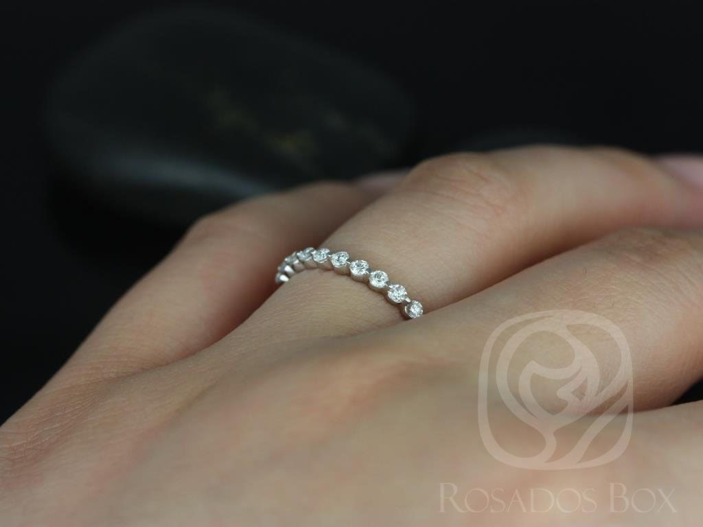 https://www.loveandpromisejewelers.com/media/catalog/product/cache/1b8ff75e92e9e3eb7d814fc024f6d8df/5/_/5_7_20.jpg