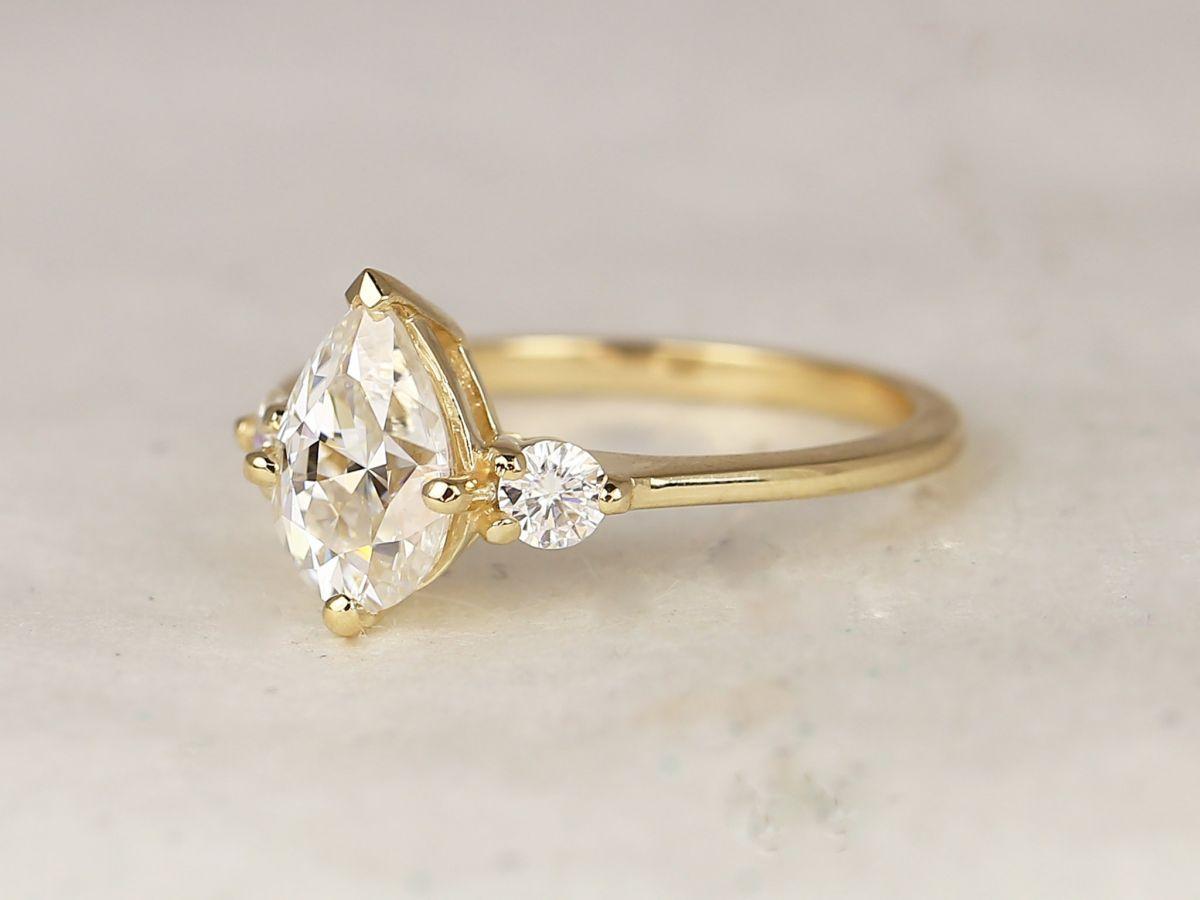 https://www.loveandpromisejewelers.com/media/catalog/product/cache/1b8ff75e92e9e3eb7d814fc024f6d8df/6/3/6370f71262cf891ff580c6dbdc01f6f9.jpg