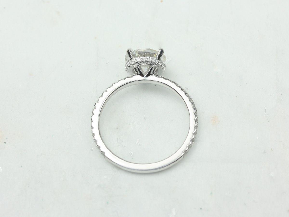 https://www.loveandpromisejewelers.com/media/catalog/product/cache/1b8ff75e92e9e3eb7d814fc024f6d8df/8/e/8e47ac82f8137e0bcaecab977359a6e7.jpg