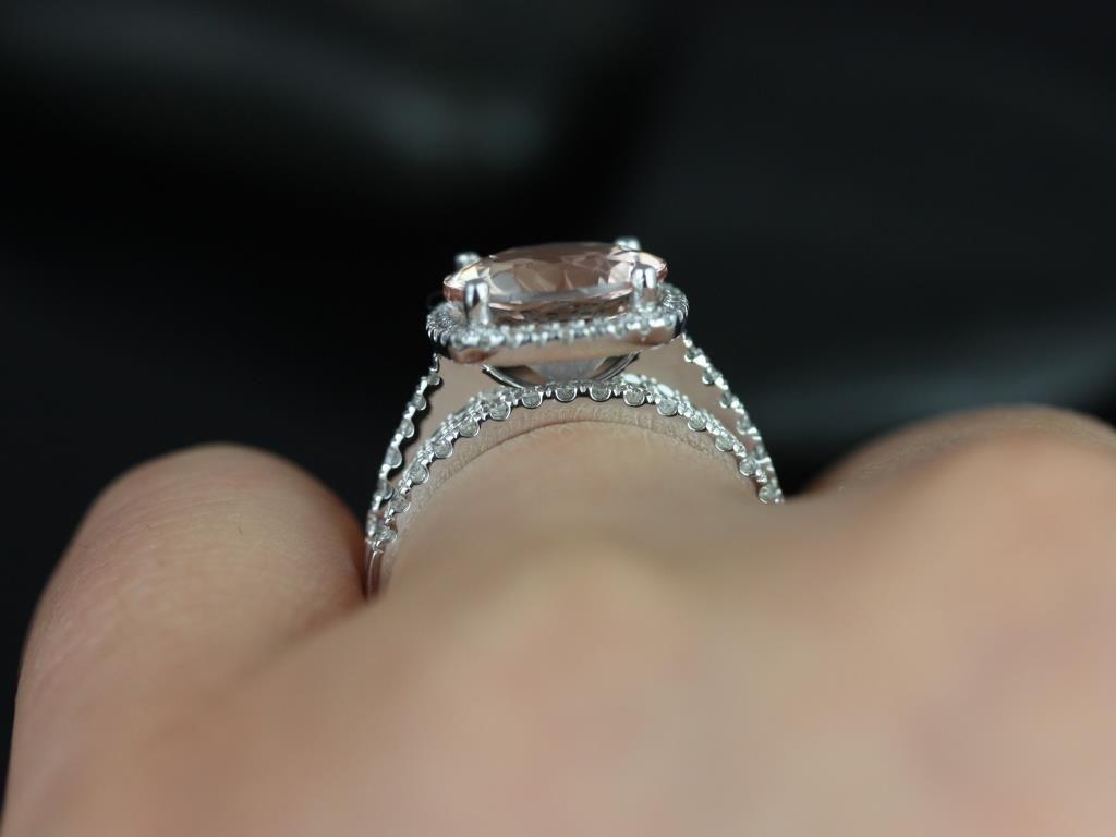 https://www.loveandpromisejewelers.com/media/catalog/product/cache/1b8ff75e92e9e3eb7d814fc024f6d8df/b/a/barra_queen_size_morganite_white_gold_wedding_set_5_.jpg