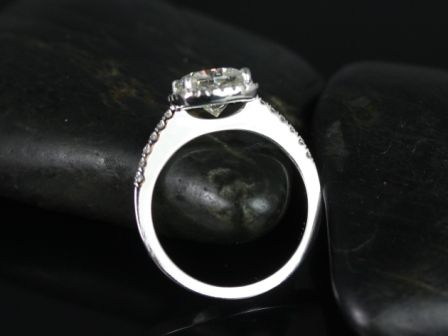https://www.loveandpromisejewelers.com/media/catalog/product/cache/1b8ff75e92e9e3eb7d814fc024f6d8df/b/a/barra_sweetheart_size_fb_moisssanite_14kt_white_gold_3_.jpg
