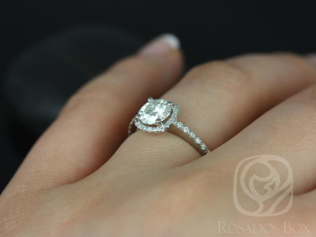 https://www.loveandpromisejewelers.com/media/catalog/product/cache/1b8ff75e92e9e3eb7d814fc024f6d8df/b/a/barra_three_quarter_ct_14kt_white_gold_round_diamond_cushion_halo_engagement_ring_other_metals_and_stone_options_available_5wm_1.jpg