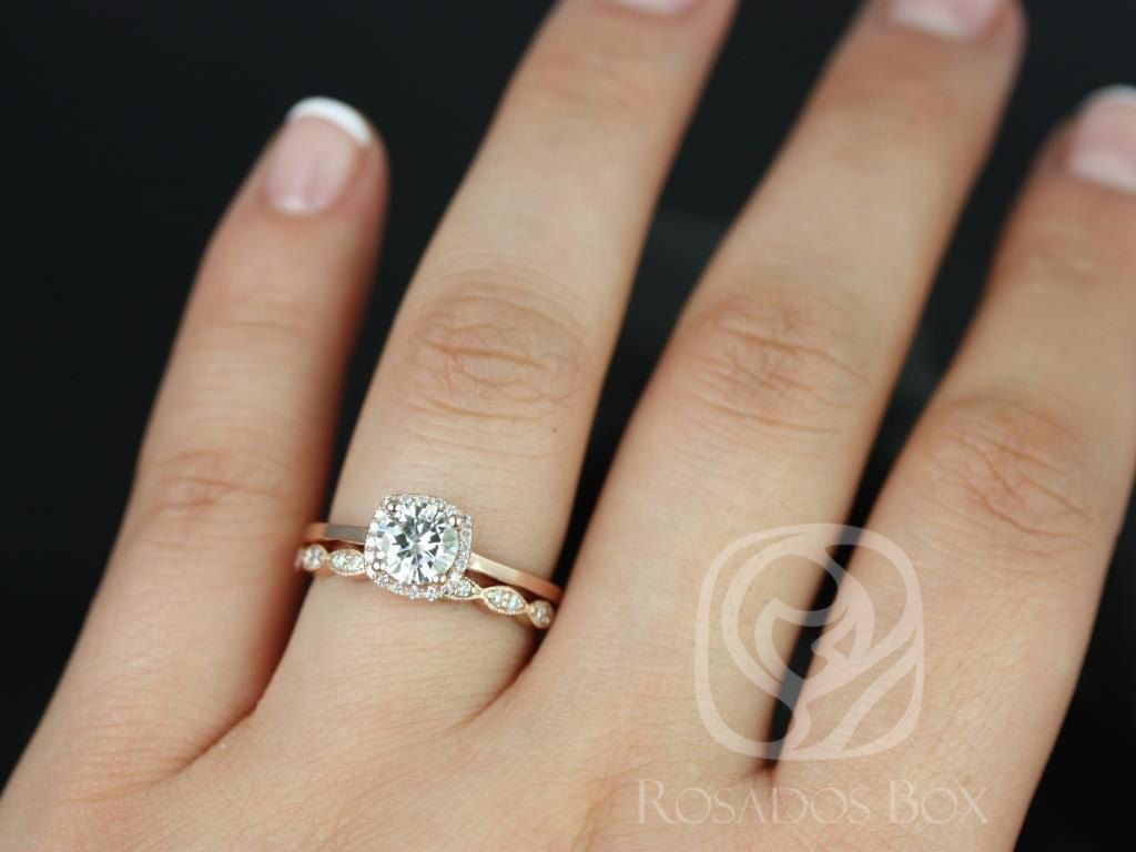 https://www.loveandpromisejewelers.com/media/catalog/product/cache/1b8ff75e92e9e3eb7d814fc024f6d8df/b/e/bella_6mm_christie_14kt_fb_moissanite_and_diamonds_cushion_halo_wedding_set_2.jpg