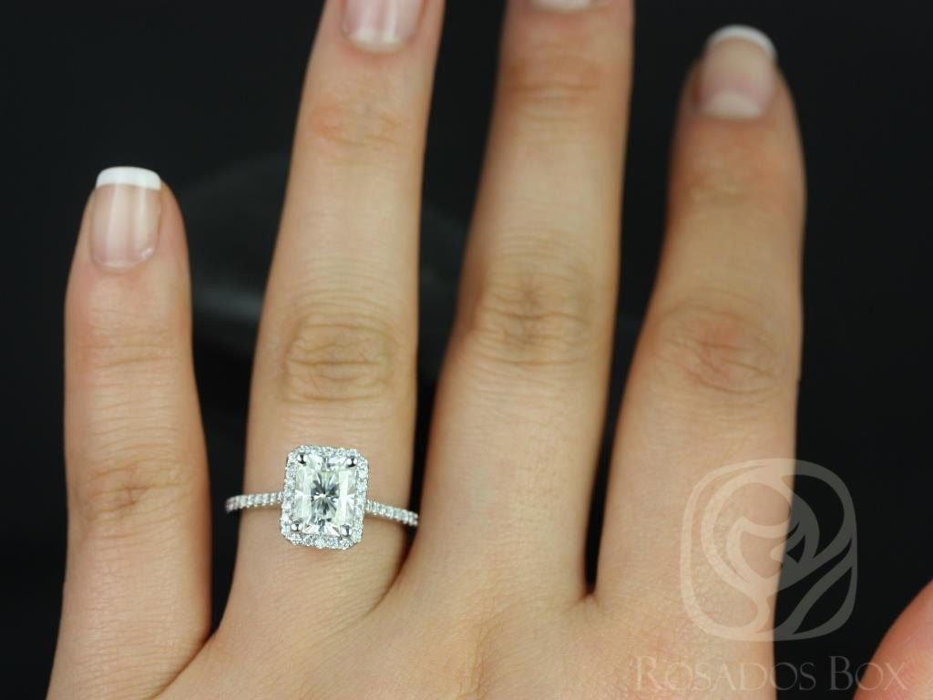 https://www.loveandpromisejewelers.com/media/catalog/product/cache/1b8ff75e92e9e3eb7d814fc024f6d8df/b/r/brianna_8x6mm_14kt_white_gold_radiant_fb_moissanite_and_diamonds_halo_engagement_ring_other_center_stone_available_upon_request_4wm.jpg