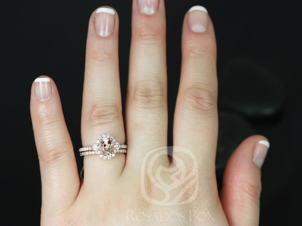 https://www.loveandpromisejewelers.com/media/catalog/product/cache/1b8ff75e92e9e3eb7d814fc024f6d8df/b/r/bridgette_8x6mm_14kt_rose_gold_oval_morganite_and_diamonds_halo_wedding_set_3_.jpg