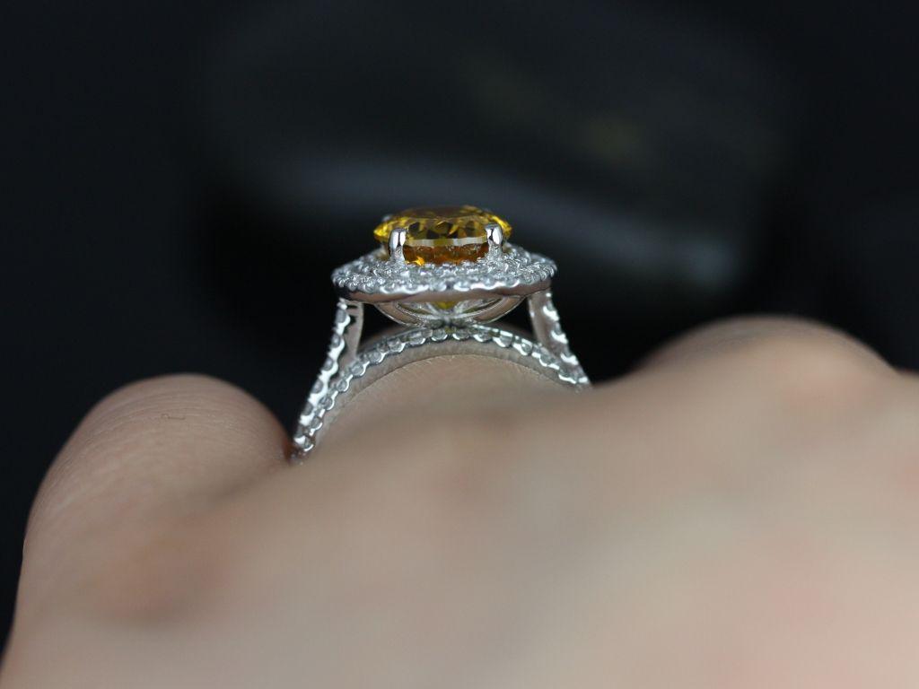 https://www.loveandpromisejewelers.com/media/catalog/product/cache/1b8ff75e92e9e3eb7d814fc024f6d8df/c/a/cara_lab_yellow_sapphire_diamond_wedding_set_5__1.jpg