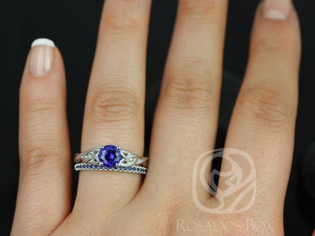 https://www.loveandpromisejewelers.com/media/catalog/product/cache/1b8ff75e92e9e3eb7d814fc024f6d8df/c/a/cassidy_kierra_14kt_white_gold_round_blue_sapphire_celtic_knot_wedding_set_3wm_.jpg
