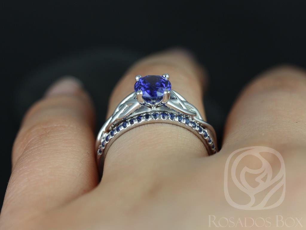https://www.loveandpromisejewelers.com/media/catalog/product/cache/1b8ff75e92e9e3eb7d814fc024f6d8df/c/a/cassidy_kierra_14kt_white_gold_round_blue_sapphire_celtic_knot_wedding_set_5wm__1.jpg