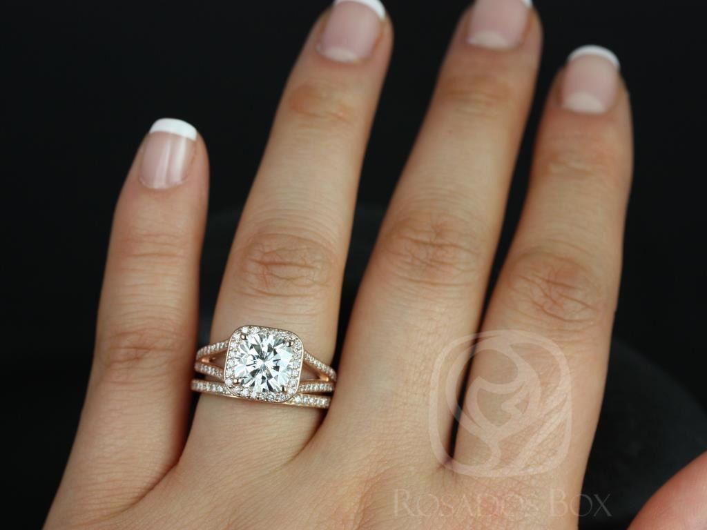 https://www.loveandpromisejewelers.com/media/catalog/product/cache/1b8ff75e92e9e3eb7d814fc024f6d8df/d/i/diana_14kt_rose_gold_cushion_fb_moissanite_and_diamonds_halo_split_shank_wedding_set_3wm__1.jpg