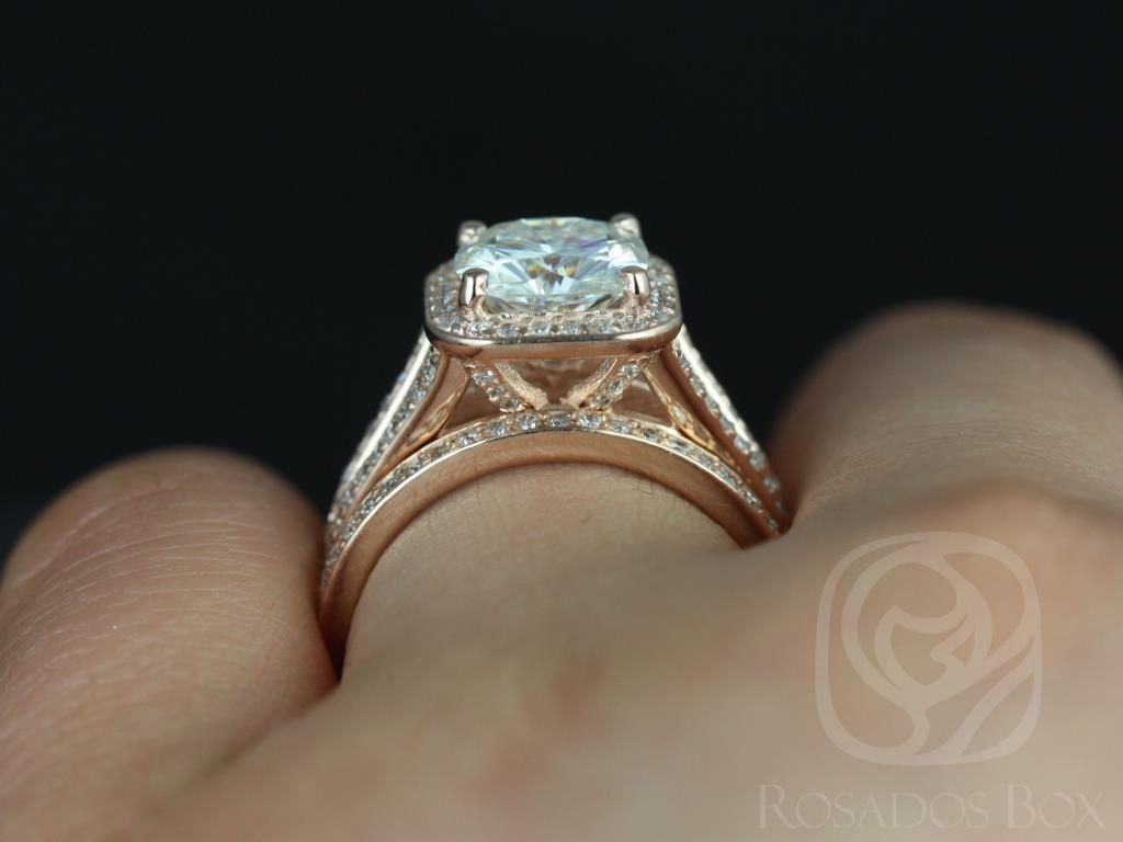https://www.loveandpromisejewelers.com/media/catalog/product/cache/1b8ff75e92e9e3eb7d814fc024f6d8df/d/i/diana_14kt_rose_gold_cushion_fb_moissanite_and_diamonds_halo_split_shank_wedding_set_5wm__1.jpg