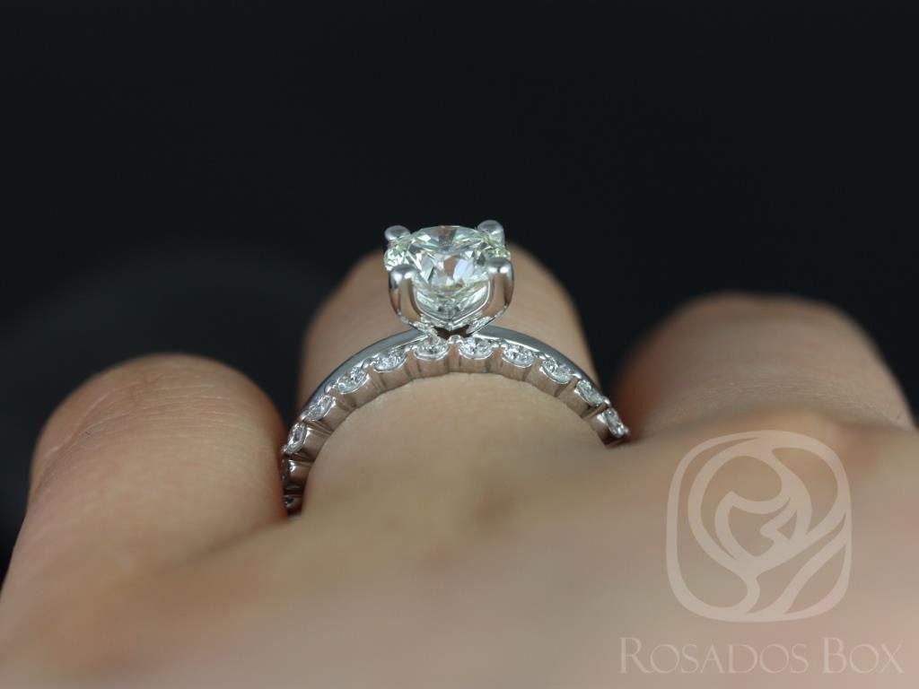 https://www.loveandpromisejewelers.com/media/catalog/product/cache/1b8ff75e92e9e3eb7d814fc024f6d8df/e/l/ella_7mm_petite_bubble_breathe_14kt_white_gold_round_fb_moissanite_and_diamonds_wedding_set_5wm_.jpg