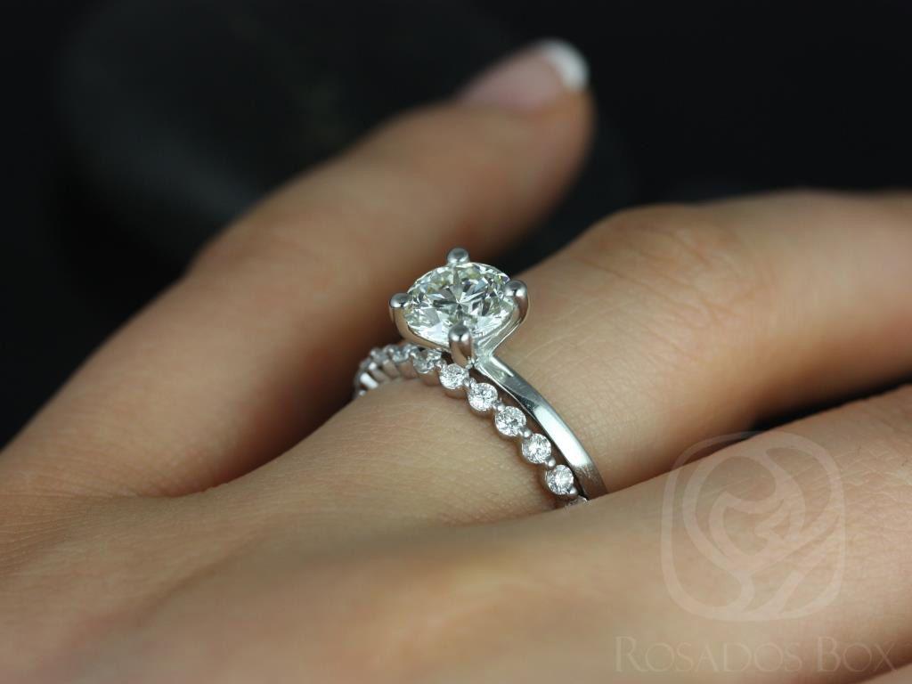 https://www.loveandpromisejewelers.com/media/catalog/product/cache/1b8ff75e92e9e3eb7d814fc024f6d8df/e/l/ella_7mm_petite_bubble_breathe_14kt_white_gold_round_fb_moissanite_and_diamonds_wedding_set_9wm_.jpg