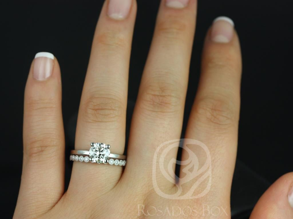 https://www.loveandpromisejewelers.com/media/catalog/product/cache/1b8ff75e92e9e3eb7d814fc024f6d8df/e/l/ella_7mm_petite_bubbles_14kt_white_gold_round_fb_moissanite_and_diamonds_wedding_set_3wm_.jpg