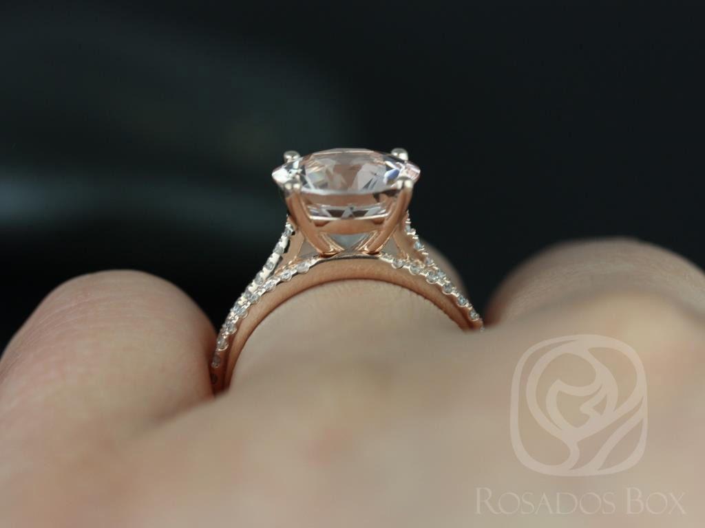 https://www.loveandpromisejewelers.com/media/catalog/product/cache/1b8ff75e92e9e3eb7d814fc024f6d8df/e/l/eloise_10mm_morganite_diamond_rose_gold_wedding_set_4wm_.jpg