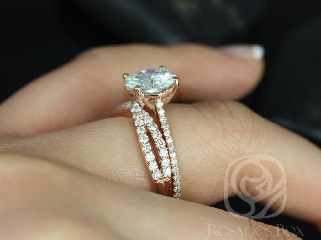 https://www.loveandpromisejewelers.com/media/catalog/product/cache/1b8ff75e92e9e3eb7d814fc024f6d8df/e/l/eloise_9mm_lima_14kt_rose_gold_round_fb_moissanite_and_diamonds_cathedral_wedding_set_8wm_.jpg