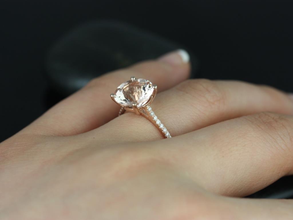 https://www.loveandpromisejewelers.com/media/catalog/product/cache/1b8ff75e92e9e3eb7d814fc024f6d8df/e/l/eloise_morganite_diamond_rose_gold_engagement_ring_1_.jpg