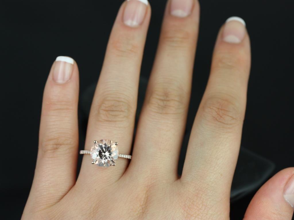 https://www.loveandpromisejewelers.com/media/catalog/product/cache/1b8ff75e92e9e3eb7d814fc024f6d8df/e/l/eloise_morganite_diamond_rose_gold_engagement_ring_5_.jpg