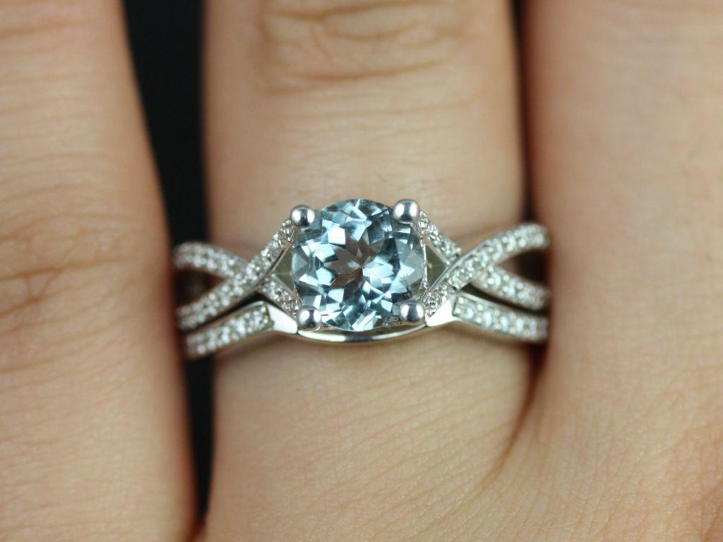 https://www.loveandpromisejewelers.com/media/catalog/product/cache/1b8ff75e92e9e3eb7d814fc024f6d8df/e/m/emma_aquamarine_diamond_white_gold_wedding_set_2_.jpg