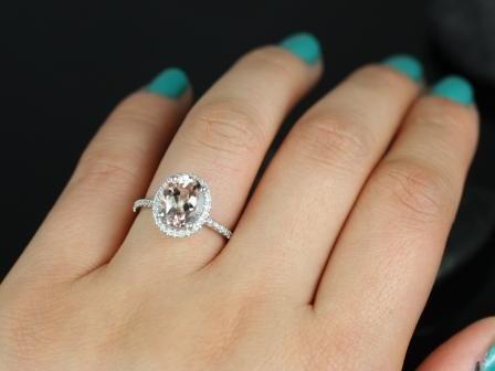 https://www.loveandpromisejewelers.com/media/catalog/product/cache/1b8ff75e92e9e3eb7d814fc024f6d8df/f/e/federella_original_size_morganite_14kt_white_gold_engagement_ring_8__1.jpg