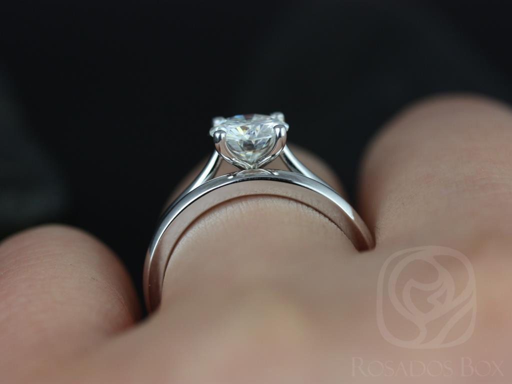 https://www.loveandpromisejewelers.com/media/catalog/product/cache/1b8ff75e92e9e3eb7d814fc024f6d8df/f/l/flora_medio_size_fb_moissanite_white_gold_wedding_set_5wm_.jpg