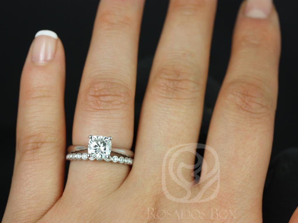 https://www.loveandpromisejewelers.com/media/catalog/product/cache/1b8ff75e92e9e3eb7d814fc024f6d8df/f/l/florence_medio_petite_bubbles_14kt_white_gold_cushion_fb_moissanite_solitaire_wedding_set_3wm_.jpg