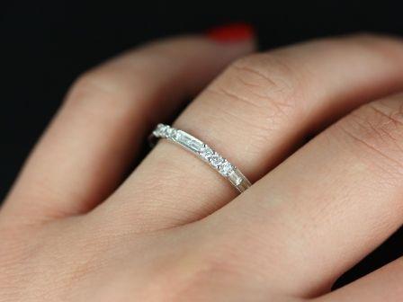 https://www.loveandpromisejewelers.com/media/catalog/product/cache/1b8ff75e92e9e3eb7d814fc024f6d8df/g/a/gabriella_diamond_14kt_white_gold_6_.jpg