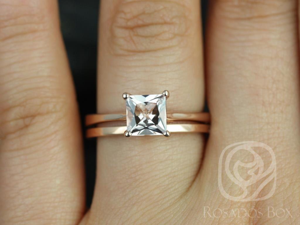 https://www.loveandpromisejewelers.com/media/catalog/product/cache/1b8ff75e92e9e3eb7d814fc024f6d8df/g/a/gallina_plain_barra_14kt_rose_gold_princess_morganite_wedding_set_2wm_.jpg