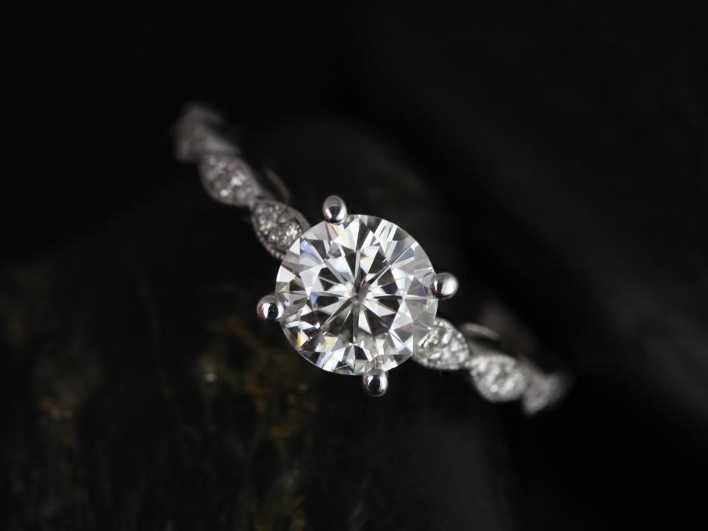 https://www.loveandpromisejewelers.com/media/catalog/product/cache/1b8ff75e92e9e3eb7d814fc024f6d8df/h/e/helena_1ct_rd_fb_moissanite_diamond_white_gold_engagement_ring_1_.jpg
