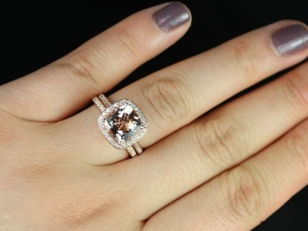 https://www.loveandpromisejewelers.com/media/catalog/product/cache/1b8ff75e92e9e3eb7d814fc024f6d8df/h/o/hollie_wedding_set_3_.jpg