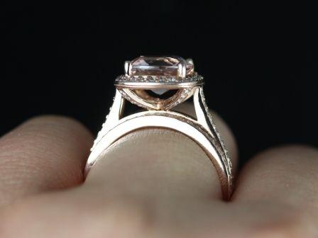 https://www.loveandpromisejewelers.com/media/catalog/product/cache/1b8ff75e92e9e3eb7d814fc024f6d8df/h/o/hollie_wedding_set_6_.jpg
