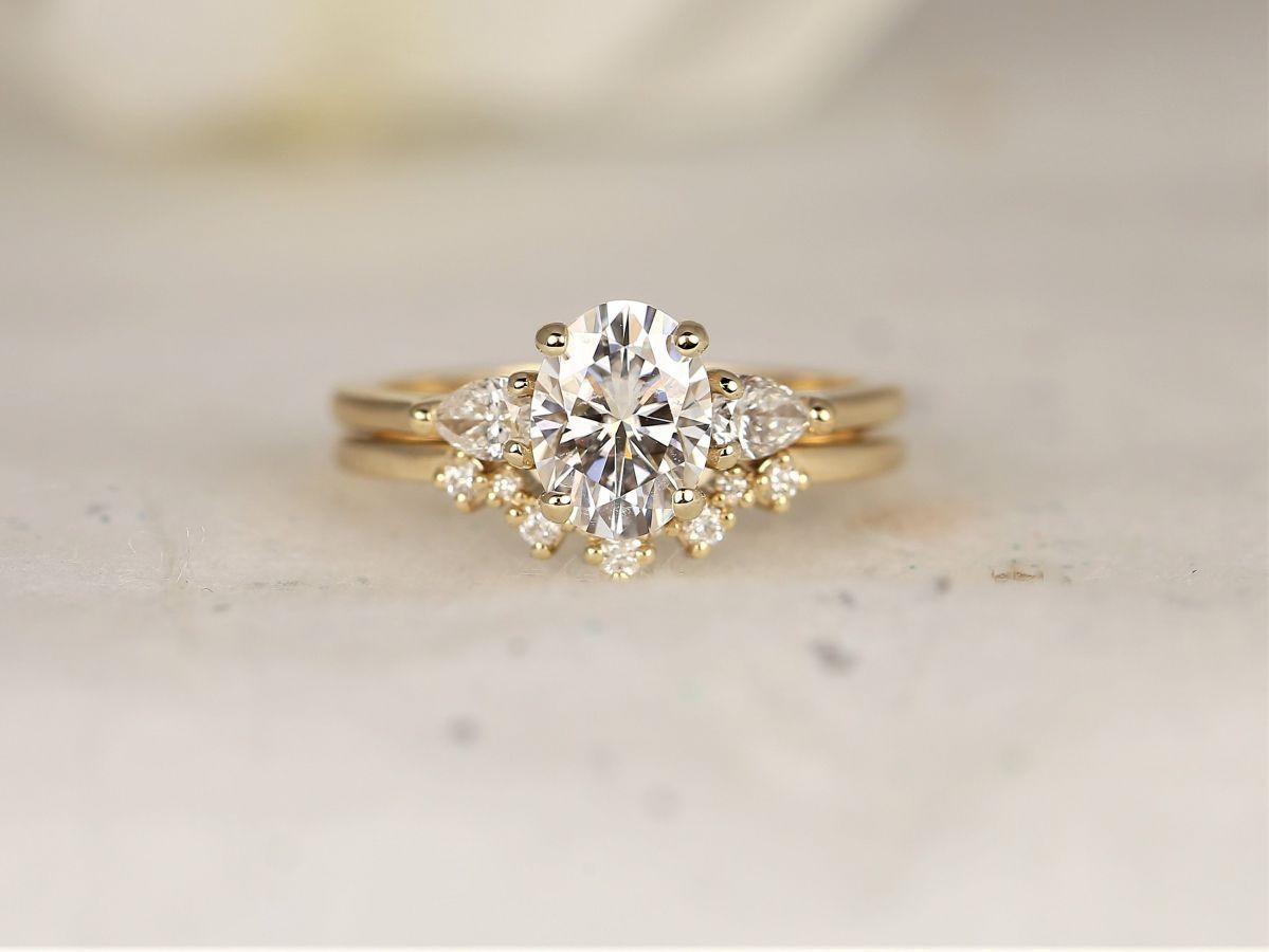 https://www.loveandpromisejewelers.com/media/catalog/product/cache/1b8ff75e92e9e3eb7d814fc024f6d8df/h/t/httpsi.etsystatic.com6659792rilf1e0d62062699343ilfullxfull.2062699343do08.jpg