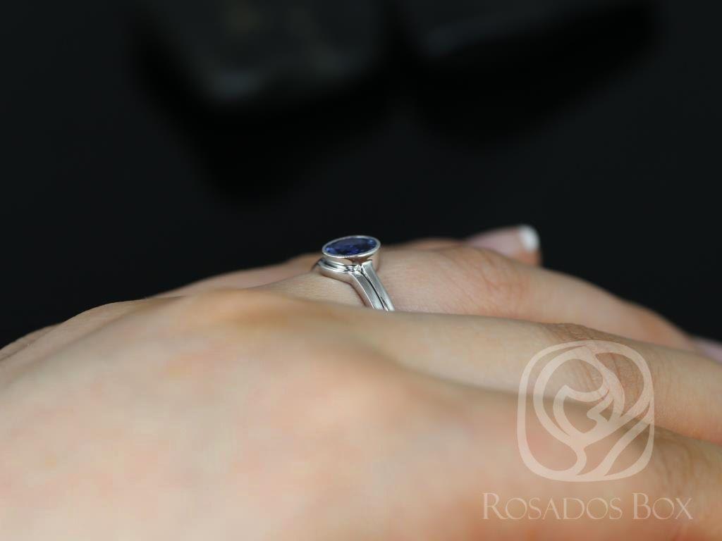 https://www.loveandpromisejewelers.com/media/catalog/product/cache/1b8ff75e92e9e3eb7d814fc024f6d8df/h/t/httpsimg1.etsystatic.com12706659792ilfullxfull.1073925093hesw_2.jpg