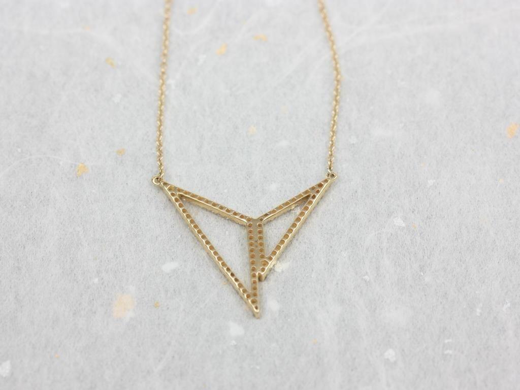 https://www.loveandpromisejewelers.com/media/catalog/product/cache/1b8ff75e92e9e3eb7d814fc024f6d8df/i/m/img_4711.jpg