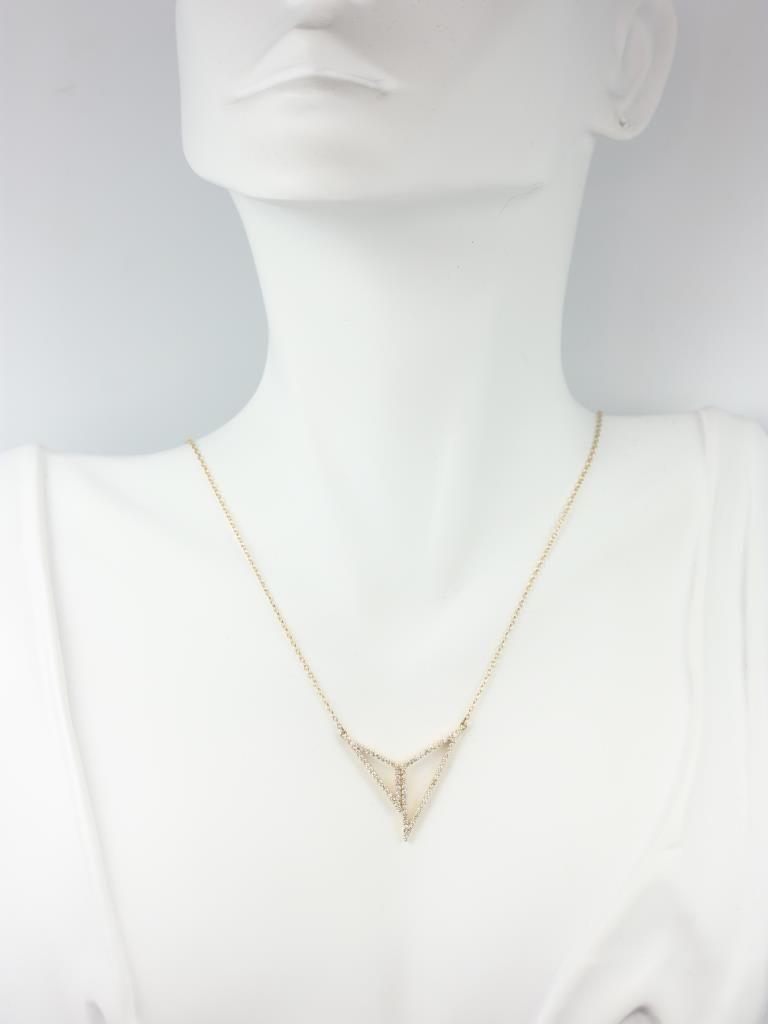 https://www.loveandpromisejewelers.com/media/catalog/product/cache/1b8ff75e92e9e3eb7d814fc024f6d8df/i/m/img_4727.jpg