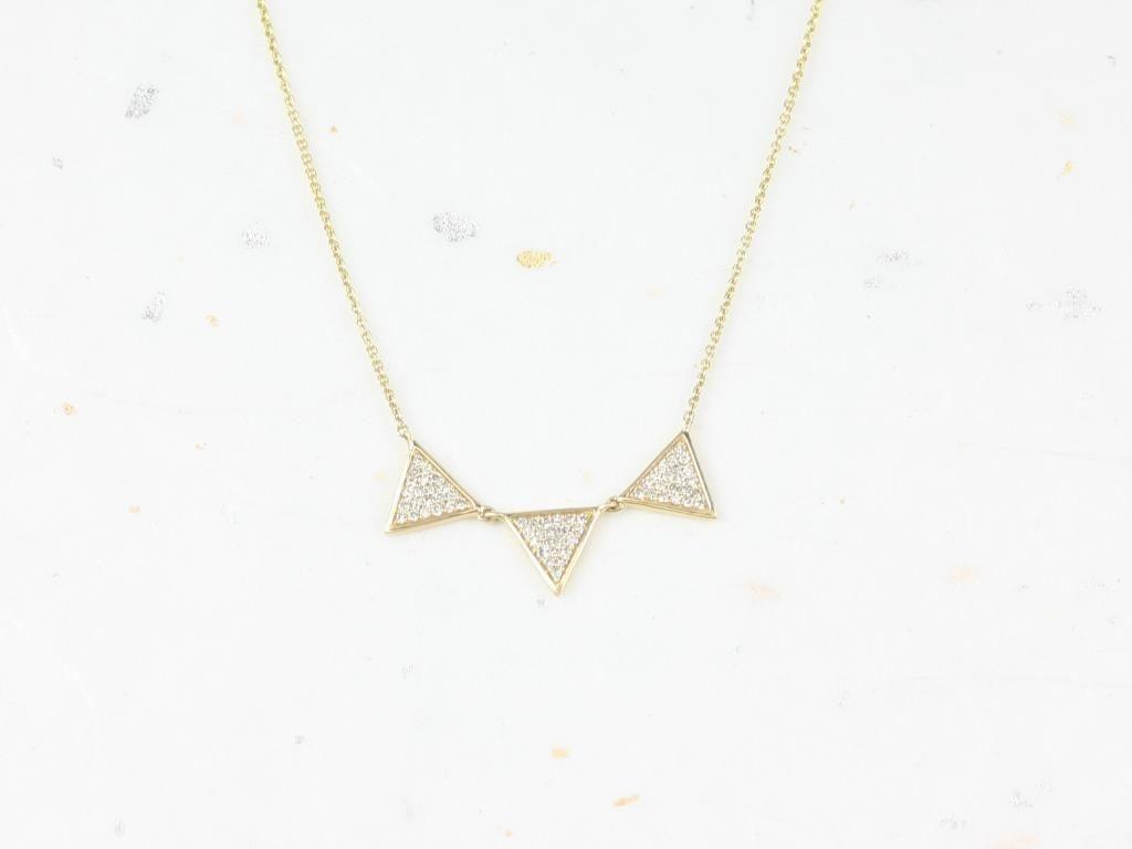 https://www.loveandpromisejewelers.com/media/catalog/product/cache/1b8ff75e92e9e3eb7d814fc024f6d8df/i/m/img_4754.jpg