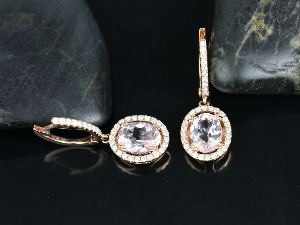 https://www.loveandpromisejewelers.com/media/catalog/product/cache/1b8ff75e92e9e3eb7d814fc024f6d8df/j/e/je3760mg2.jpg