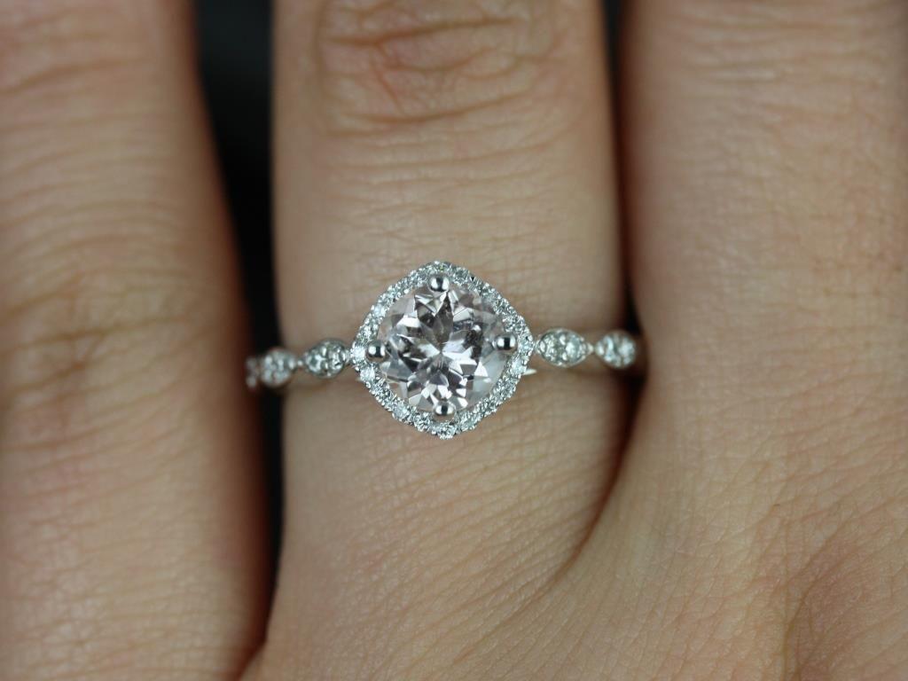 https://www.loveandpromisejewelers.com/media/catalog/product/cache/1b8ff75e92e9e3eb7d814fc024f6d8df/k/a/katya_original_size_morganite_diamond_white_gold_engagement_ring_3_.jpg