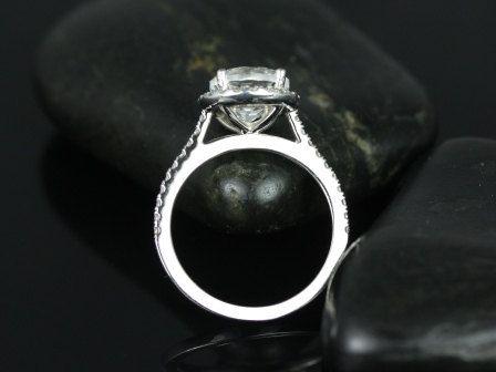 https://www.loveandpromisejewelers.com/media/catalog/product/cache/1b8ff75e92e9e3eb7d814fc024f6d8df/k/u/kubian_8mm_14kt_wg_wt_2_2.jpg
