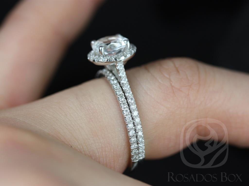 https://www.loveandpromisejewelers.com/media/catalog/product/cache/1b8ff75e92e9e3eb7d814fc024f6d8df/k/u/kubian_original_size_white_topaz_white_gold_wedding_set_1wm_.jpg
