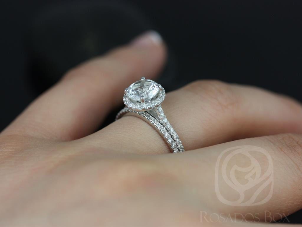 https://www.loveandpromisejewelers.com/media/catalog/product/cache/1b8ff75e92e9e3eb7d814fc024f6d8df/k/u/kubian_original_size_white_topaz_white_gold_wedding_set_3wm_.jpg